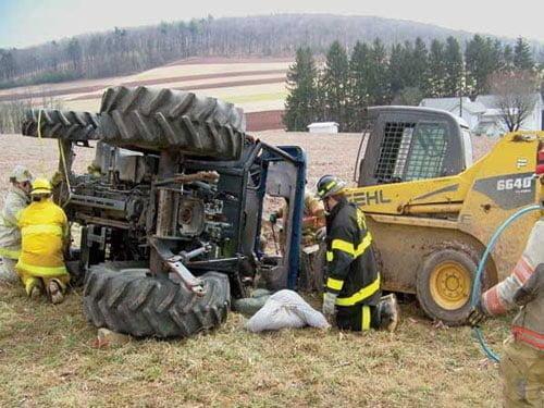 توصیه های ایمنی در تردد ماشینها و ادوات کشاورزی
